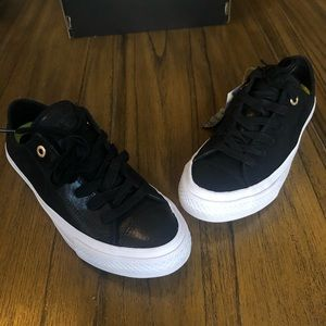 Converse black Chuck Taylor II shoe with lunarlon